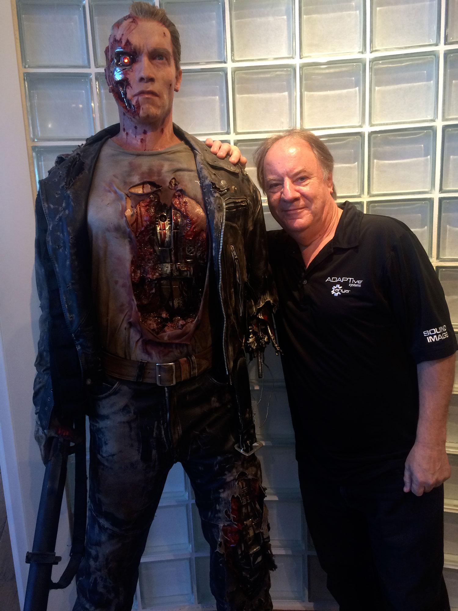 Arnold Schwarzenegger with Mick Walker, Vivi-Q